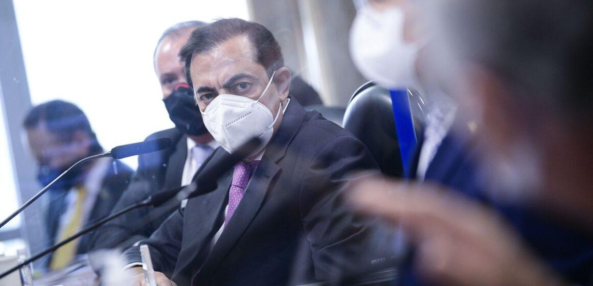 Tolentino diz não ter relação com FIB Bank e é desmentido na CPI
