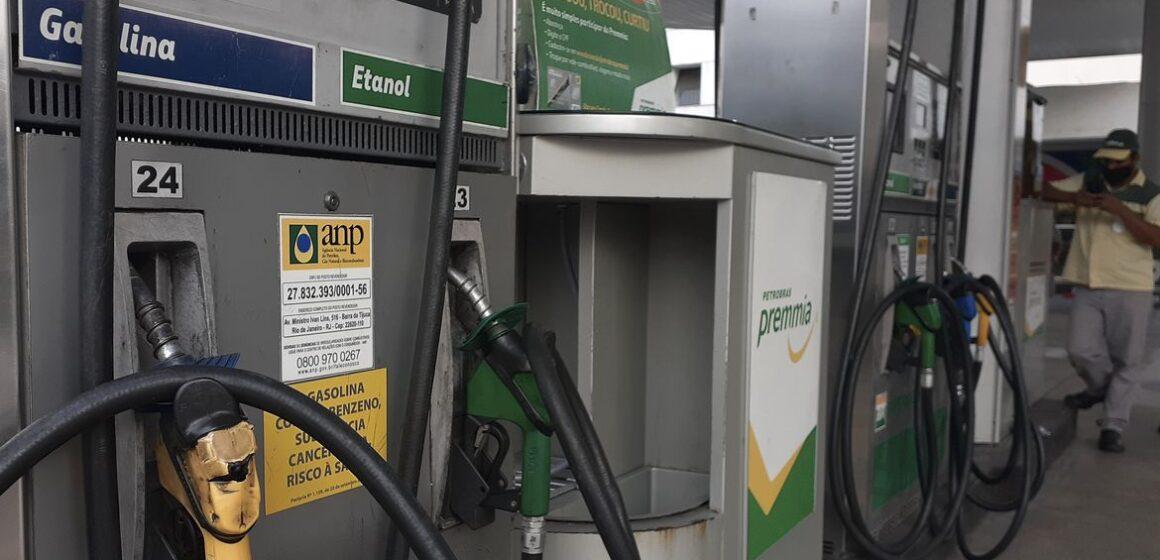 Sobe pela 6ª semana seguida nos postos o preço médio da gasolina