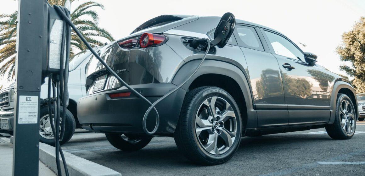 Cresce a procura por veículos elétricos no Brasil