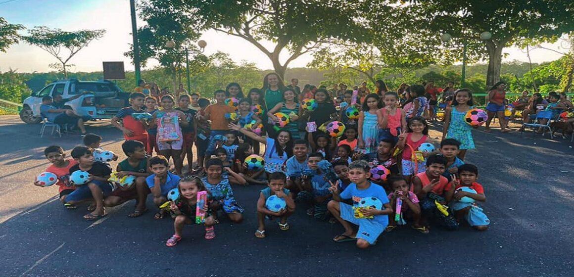 Lena Pinto participa de comemorações do dia das crianças em comunidades bragantinas