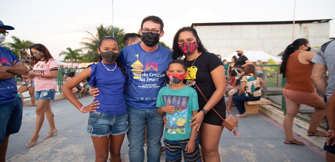Renato Ogawa participa dos festejos do dia das crianças em Barcarena