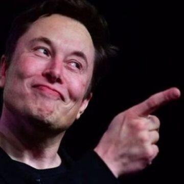 'Treta' de bilionários: Elon Musk ironiza post de Jeff Bezos e envia emoji de medalha de segundo lugar